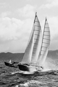"""Pen Duick IV"" Erica Tabarly'ego (ze strony http://www.asso-eric-tabarly.org/ )"